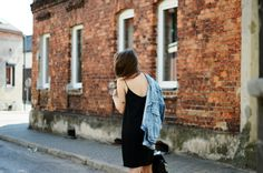 Jestem Kasia / simple black dress //  #Fashion, #FashionBlog, #FashionBlogger, #Ootd, #OutfitOfTheDay, #Style