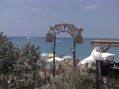 Il paradiso è un luogo sul mare.