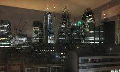 The view from my room @motel_one #London #night #nightime #skyline #towerhill