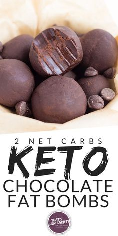 keto dessert These amazing Keto Chocolate Fat Bombs are just what you are looking for to satisfy those chocolate cravings in a pinch. The are by far the easiest and BEST fat bombs with ju Desserts Keto, Keto Snacks, Snack Recipes, Dessert Recipes, Dinner Recipes, Keto Sweet Snacks, Healthy Chocolate Desserts, Keto Friendly Desserts, Juice Recipes