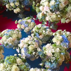 Another blue and white. Vicoutinhoflores. Flowers. Flores. Flower decoration. Chic. Azul e branco. Flower decor.