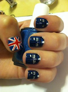 Tardis nail art! Yes yes yes! I want to remove all my nail polish and do this right now!
