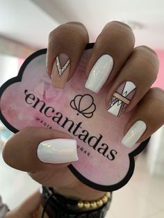 What Christmas manicure to choose for a festive mood - My Nails Love Nails, Pink Nails, My Nails, Stylish Nails, Trendy Nails, Long Square Nails, Best Acrylic Nails, Silver Nails, Perfect Nails