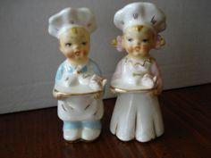 """""""I Love You"""" Chefs - Vintage Salt & Pepper Shakers"""