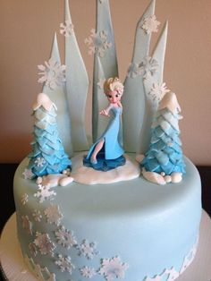 Frozen Themed Cake! @Jenny Finn Make sure this is mine on my birthday this year!!!!: