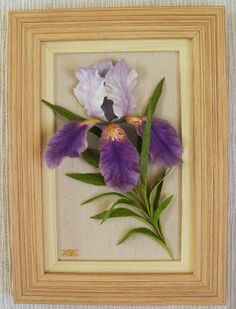 Lilac-purple iris, hand modeling of mixed earthenware - porcelain mass, painted with acrylic paints Cold Porcelain Flowers, Ceramic Flowers, Clay Flowers, Porcelain Black, Japanese Porcelain, Painted Porcelain, Porcelain Vase, Iris Painting, Stone Painting