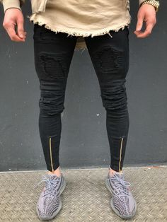 Destroyed Jeans and Distressed Jeans Ripped Biker Jeans, Black Denim Jeans, Destroyed Jeans, Distressed Jeans, Men's Jeans, Stylish Mens Outfits, Casual Outfits, Rainbow Fashion, Urban Outfits