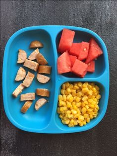 50 kid-friendly meal and snack ideas- no recipes needed Picky Toddler Meals, Toddler Lunches, Kids Meals, Toddler Dinners, Toddler Food, Baby Food Recipes, Snack Recipes, Kid Recipes, Chicken Recipes