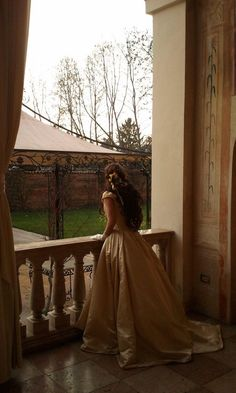 Princess Aesthetic, Aesthetic Girl, Story Inspiration, Character Inspiration, My Princess, Fantasy Princess, Poses, Romanticism, Aesthetic Vintage
