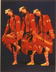 Diaghilev Ballets Russes. Joffrey Ballet revival : Stravinsky's RITE OF SPRING (1913) // Le Sacre du Printemps d'Igor Stravinsky. I'm seeing Joffrey do this tonight!!!