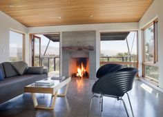 Interior of a residential house in Santa Ynez, California USA by Fernau + Hartman Architects Fresco, Two Bedroom House, Outdoor Rooms, Outdoor Decor, Interior Architecture, Interior Design, Energy Efficient Homes, Living Spaces, Living Room