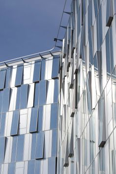 """Onix"" office building, Lille, France by Dominique Perrault Architectes, Paris, France / ALUCOBOND®   naturAL Line"