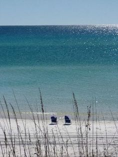 5c8d52b084486 Fort Walton Beach Florida. All that s missing is the Corona in the iced  bucket!