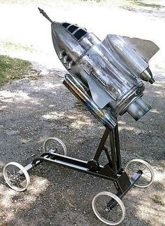 okay, it is techinically an appliance, not furniture, but awesome work by J. Bradley on the Miller Welder website. Steampunk Airship, Dieselpunk, Metal Design, Space Junk, Retro Rocket, Sculpture Metal, Vintage Moon, To Infinity And Beyond, Retro Futurism