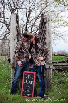 This is so friggin cute! This will be my number one photo I take when I get married!!!