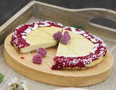 Raw mango cheesecake with raspberry chia sauce #vegan #glutenfree #healthy