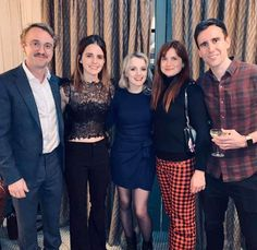Tom Felton, Emma Watson, Evanna Lynch, Bonnie Wright and Matthew Lewis 😍😍😍 Photo Harry Potter, La Saga Harry Potter, Slytherin Harry Potter, Harry Potter Actors, Matthew Lewis, Bonnie Wright, Ginny Weasley, Hermione Granger, Luna Lovegood