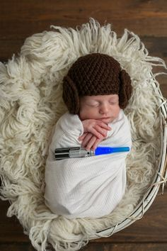 newborn, maternity family and child photographer located in castlegar bc Photographing Kids, Princess Leia, Maternity, Crochet Hats, Beanie, Children, Photography, Fashion, Knitting Hats
