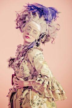 24 fantastiche immagini su Masquerade ball nel 2019  5535dc3a451