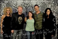 THIS is how I wear Bayabelle... with Little Big Town! :: #howiwearbayabelle