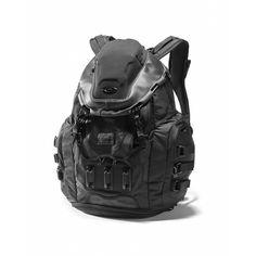 Buy Oakley Kitchen Sink for Unisex in Stealth Black. Discover Oakley Apparel for Unisex on Oakley US Store Online. Mochila Oakley, Oakley Military, Oakley Backpack, Diaper Bag, Dystopian Fashion, Post Apocalyptic Fashion, Tac Gear, Tactical Bag, Nike Clothes