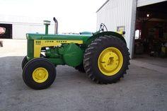 1960 John Deere 830