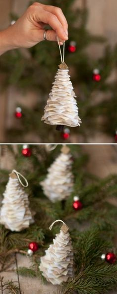 Christmas tree in white – make your own decoration Personalized Christmas Ornaments, Diy Christmas Ornaments, Christmas Decorations, Xmas, Holiday Decor, Wood Christmas Tree, Outdoor Christmas, Christmas Colors, Primitive Christmas