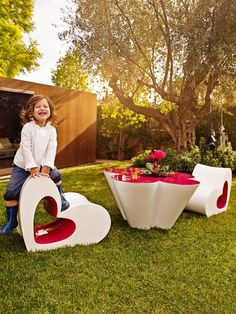 #Garden furniture AGATHA by @Vondom | #design Agatha Ruiz de la Prada #flowers #hearts #outdoor