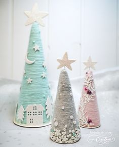 Christmas cones - The creative couple Conos navideños. - La pareja creativa Christmas cones - The creative couple Tree Crafts, Decor Crafts, Holiday Crafts, Holiday Fun, Diy And Crafts, Crafts For Kids, Cone Christmas Trees, Christmas Decorations, Christmas Ornaments