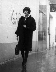 Vivre sa vie: Film en douze tableaux (1962) Jean-Luc Godard