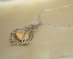 silvered wire pendant with picture jasper stone
