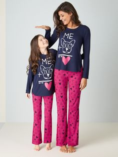 """""""Mommy points out how tall I shall be nexty year. Cute Pajama Sets, Cute Pajamas, Family Outfits, Cool Outfits, Fashion Outfits, Pijama Satin, Night Suit For Women, Lingerie Bonita, Womens Pjs"""
