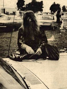 Janis Joplin, Photo by Roger Tomlinson. Divas, Architecture Design, Big Brother, Holding Company, Age Of Aquarius, Funny Tattoos, Janis Joplin, Movie Mistakes, Catching Fire