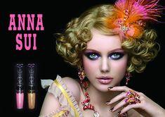 Résultats Google Recherche d'images correspondant à http://www.chicprofile.com/wp-content/uploads/2010/12/Anna-Sui-Spring-2011-Makeup-Collection-Shining-Star.jpg