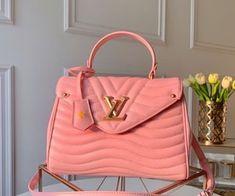 Luxury Purses, Luxury Bags, Luxury Handbags, Fashion Handbags, Fashion Bags, Fashion Purses, Fashion Fashion, Runway Fashion, Fashion Trends