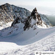 Dracie sedlo  krásne  #praveslovenske od @agamaryniak ....... #draciesedlo #vysoketatry #mountains #tatry #hiking #winter #nature #landscape #slovakia #slovensko #winter #snow  #rocks