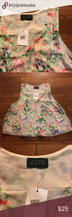 • ASTR • NWT • floral tank NWT Astr floral tank. Size XS. Purchased from Nordstrom! Fits loose. Remember to bundle & save 15! 💕 Nordstrom Tops Tank Tops