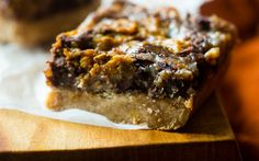 These cinnamony-sweet, perfectly pumpkin-y magic cookie bars are a must-make (vegan condensed milk)