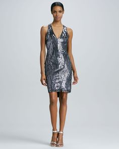 http://docchiro.com/naeem-khan-lowback-beaded-cocktail-dress-p-1650.html