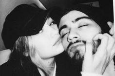 Gigi Hadid and Zayn Malik look pretty close to us - Zayn Malik breaks his silence on relationship with Gigi Hadid ...