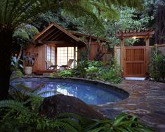 Cheap Backyard Landscaping Design Ideas, Pictures, Remodel, and Decor