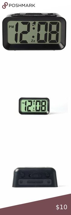 Smart Sensor Night Black GLOUE Battery Operated Cordless Digital Alarm Clock