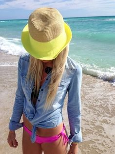 Beach Style - Plaj Modası McKenna Bleu - Summer Beach Style Hats / Acessories / Fashion / Woman / Style b l a c k w h i t e Fashion Mode, Look Fashion, Womens Fashion, Beach Style Fashion, Lolita Fashion, Mode Style, Style Me, Neon Style, Look Camisa Jeans