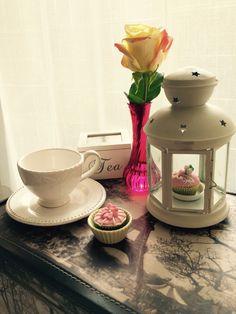 We love cupcakes. Crea recuerdos inolvidables, regala momentos dulces.  Síguenos en Instagram @tudulceestilo. Haz tu pedido @tudulceestilo lo tiene todo para tu fiesta o evento especial. Contacto: info.tudulceestilo@gmail.com - +56 9 6899 5547  #tudulceestilo #decoracioneventos #pasteleriacreativa #welovecupcakes #welovecakes #cupacakeschile #pasteleriachile #momentosdulces #babyshowercupcakes #babyshowerdecoration