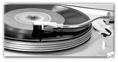 Old skool Old Skool, Dj, Music Instruments, Plates, Tableware, Kitchen, Licence Plates, Dishes, Dinnerware