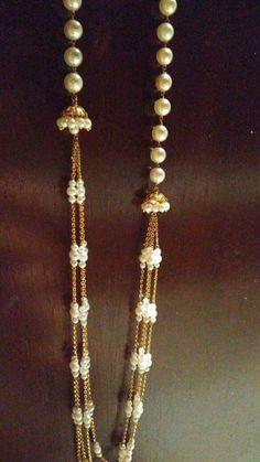 Gold Jewellery Design, Bead Jewellery, Beaded Jewelry, Beaded Necklace, Trendy Jewelry, Simple Jewelry, Gold Necklace Simple, Pearl Chain, Sabyasachi