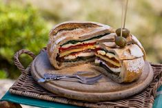 Panini Sandwiches, Toast Sandwich, All Vegetables, Grilled Vegetables, Tostadas, Muffaletta Recipe, Cob Loaf, Mediterranean Cookbook, Bruchetta