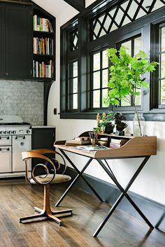 study room desk furniture, home office, cabinets, lighting, work at home Home Interior, Interior And Exterior, Interior Trim, Luxury Interior, Interior Ideas, Inviting Home, Deco Design, Design Desk, Love Home
