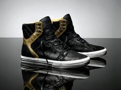 Supra Sky High Tops De stressed Black Leather And Gold Trim <3