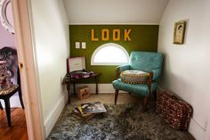 Wes Anderson Style Home Decor - Monica's Ideas Wes Anderson Style, Wes Anderson Movies, Brass Bed, Interiors Magazine, Tiny House Cabin, Tiny House Movement, Inspired Homes, Renting A House, Room Inspiration